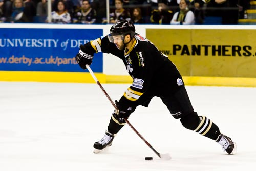 David Clarke shoots for Nottingham Panthers